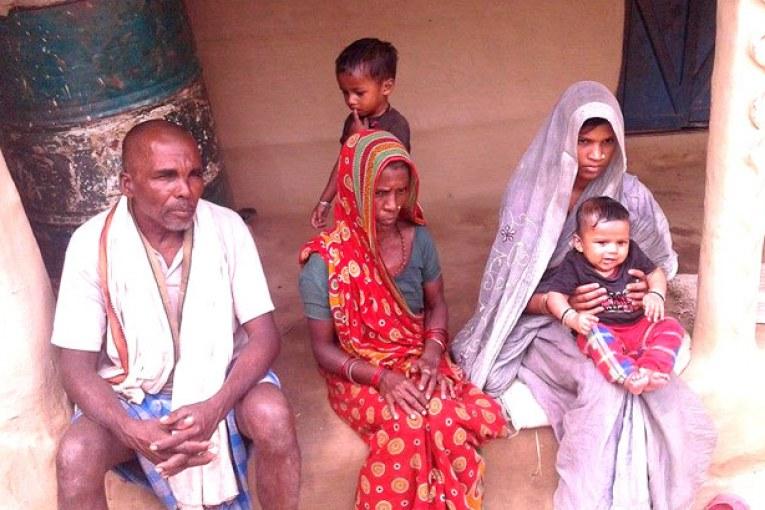 शहीद विरेन्द्रले भनिरहे 'अकबर हमरा पानि पिया दे',पत्नी बबितालाई आफूसहित छोरा हुर्काउने चिन्ता