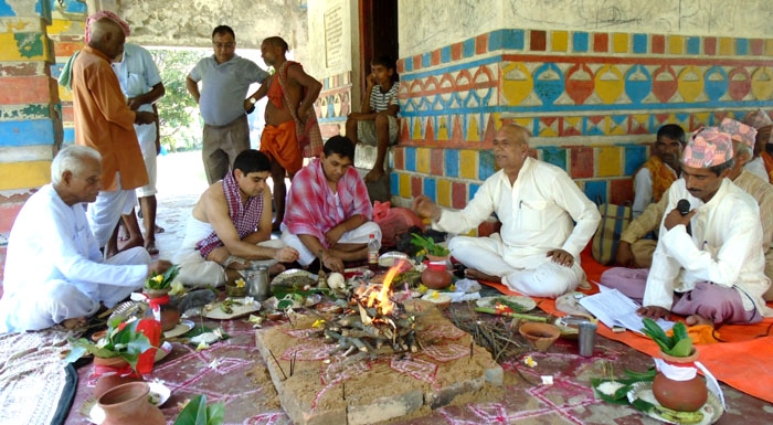 सप्तरीको बनसखण्डी मठः जहाँ सिडिअाेले पूजा गरे पछि वर्षा हुन्छ