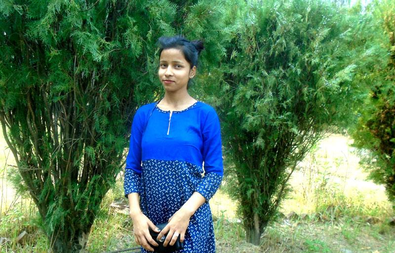 anju-yadav-singer-4