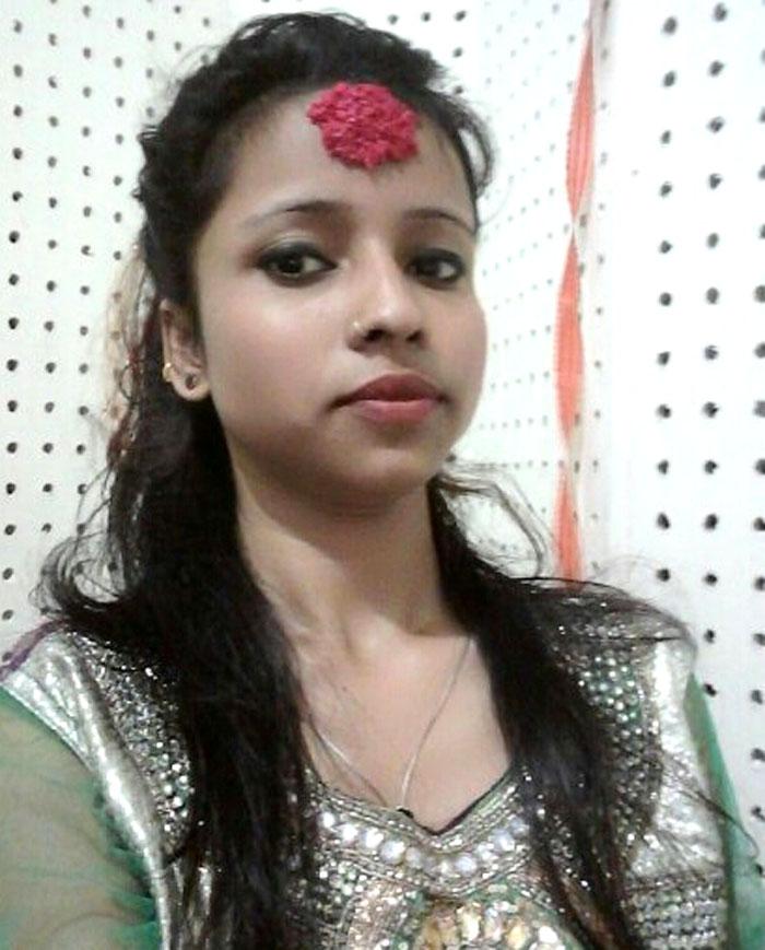 anju-yadav-singer-5