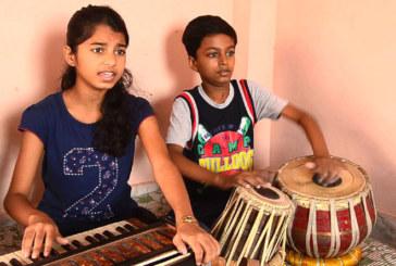 कलर्स टिभीको 'सिंगिंङ्ग रियालटी शो' राईजिंग स्टार'मा मैथिली ठाकुर